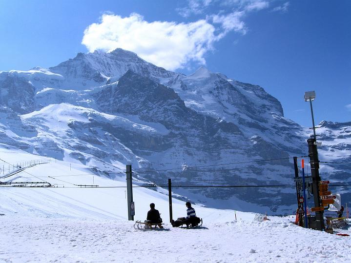 Foto: Andreas Koller / Ski Tour / Berner Alpen Durchquerung 1: Louwihorn (3777m) / 16.04.2009 23:04:57