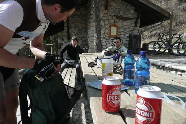 Foto: Lenswork.at / Ch. Streili / Mountainbike Tour / Torbole - Limone - Vesio - Passa Nota - Passa Rocchetta - Riva / 16.04.2009 14:25:46