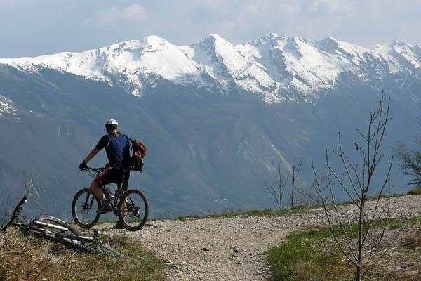 Foto: Lenswork.at / Ch. Streili / Mountainbike Tour / Torbole - Limone - Vesio - Passa Nota - Passa Rocchetta - Riva / 16.04.2009 14:25:40