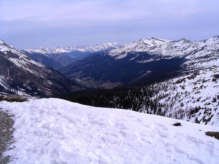 Foto: Andreas Koller / Ski Tour / Übers Naturfreundehaus Neubau auf die Riffelhöhe (2556m) / Raurisertal / 27.04.2009 17:36:38