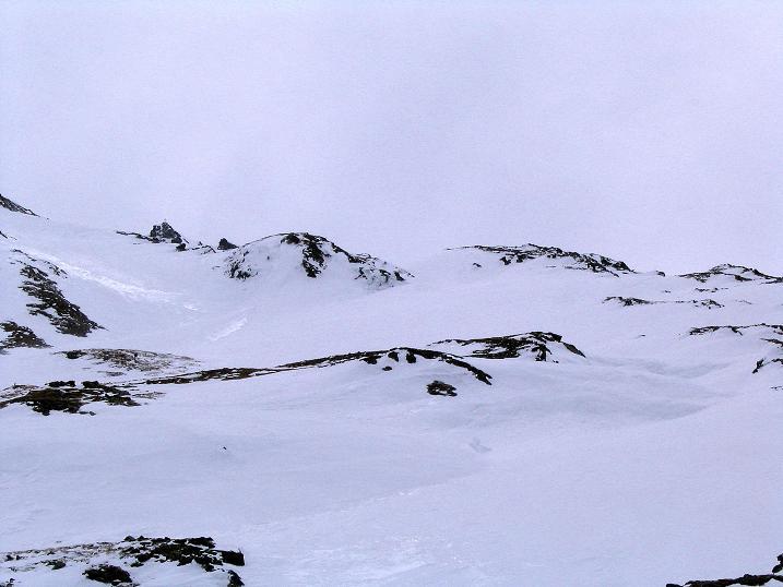 Foto: Andreas Koller / Ski Tour / Übers Naturfreundehaus Neubau auf die Riffelhöhe (2556m) / Die Hänge zur Riffelhöhe (im Foto links) / 27.04.2009 17:34:21