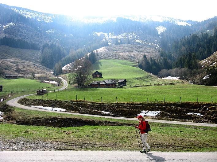 Foto: Andreas Koller / Wander Tour / Über die Karalm auf den Sladinkopf (2305 m) / 04.05.2009 17:36:07