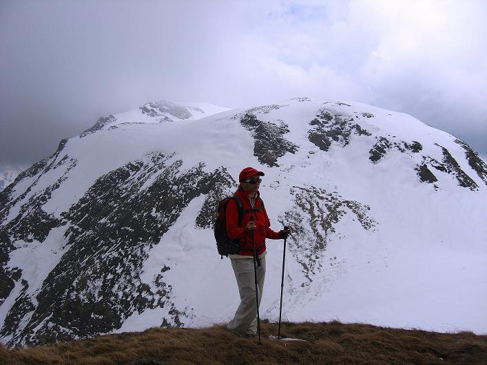 Foto: Andreas Koller / Wander Tour / Über die Karalm auf den Sladinkopf (2305 m) / Gegenüber das Grubereck (2167 m) / 04.05.2009 17:31:21