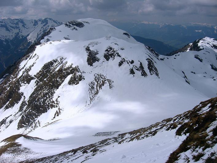 Foto: Andreas Koller / Wander Tour / Über die Karalm auf den Sladinkopf (2305 m) / Das Grubereck (2167 m) / 04.05.2009 17:24:21