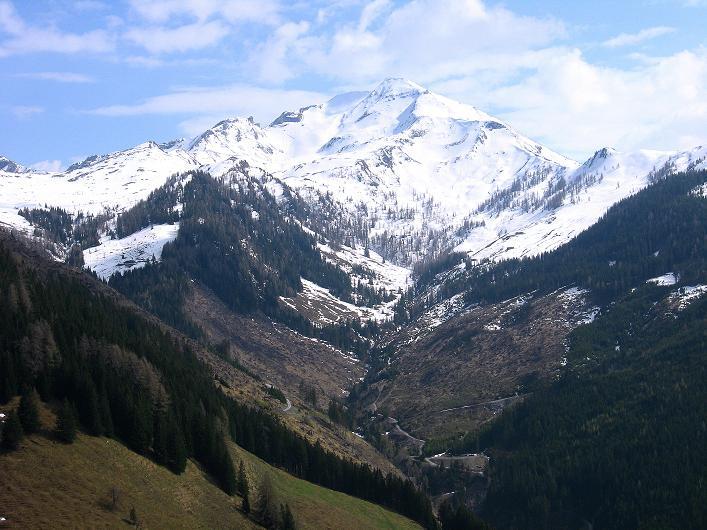 Foto: Andreas Koller / Wander Tour / Über die Karalm auf den Sladinkopf (2305 m) / Kramkogel (2454 m)  / 04.05.2009 17:19:40