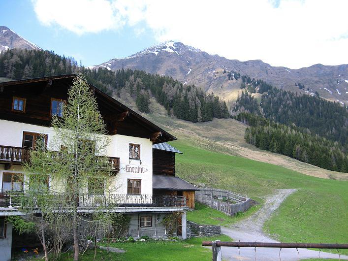 Foto: Andreas Koller / Wander Tour / Über die Karalm auf den Sladinkopf (2305 m) / Karalm und Sladinkopf / 04.05.2009 17:18:52