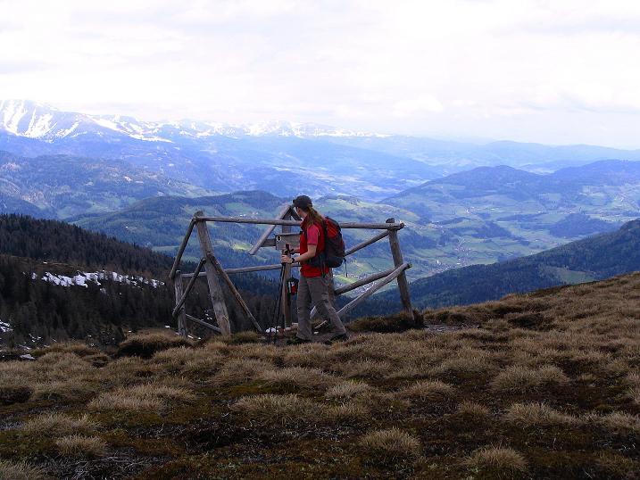 Foto: Andreas Koller / Wander Tour / Über die Dörfler Alm auf den Gstoder (2140m) / 10.05.2009 21:56:21