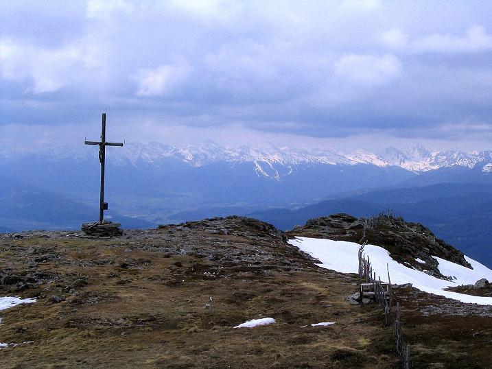 Foto: Andreas Koller / Wander Tour / Über die Dörfler Alm auf den Gstoder (2140m) / 10.05.2009 21:55:26