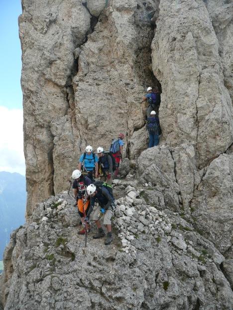 Foto: Manfred Karl / Klettersteig Tour / Via ferrata Masarè auf die Rotwand / Zwischen den beiden Kaminen / 12.05.2009 19:22:27