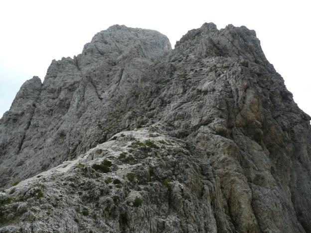Foto: Manfred Karl / Klettersteig Tour / Via ferrata Masarè auf die Rotwand / Nordgrat der Rotwand vom Vaiolonpass / 12.05.2009 19:12:14
