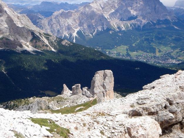 Foto: Manfred Karl / Klettersteig Tour / Via ferrata Averau / Cinque Torri / 12.05.2009 18:55:02