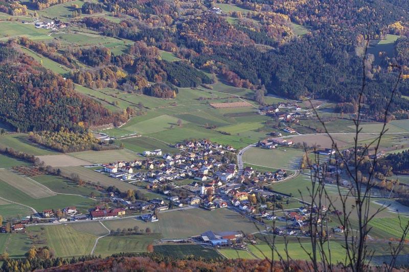 Foto: meinfal1 / Wander Tour / Höhenzug Ostrong und Peilstein (1.061 m) / Laimbach am Ostrong / 22.12.2015 23:50:12