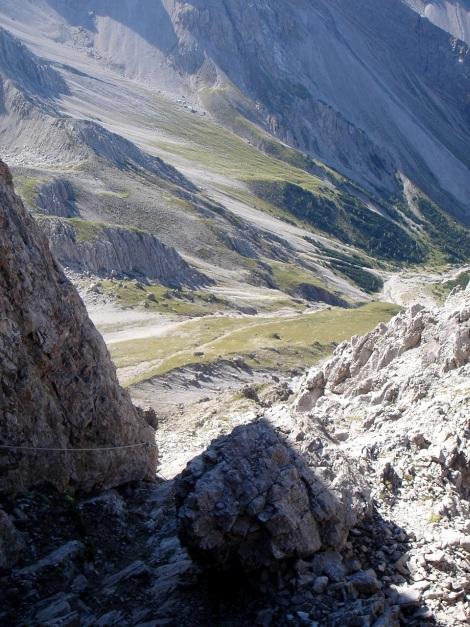 Foto: Manfred Karl / Klettersteig Tour / Seekofel Klettersteig / Die Rinne nach dem Abzweig vom Normalanstieg / 14.05.2009 23:08:54