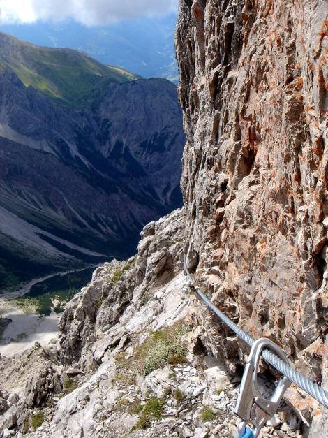 Foto: Manfred Karl / Klettersteig Tour / Seekofel Klettersteig / Abstieg in der Südseite des Eggerturmes / 14.05.2009 22:51:57