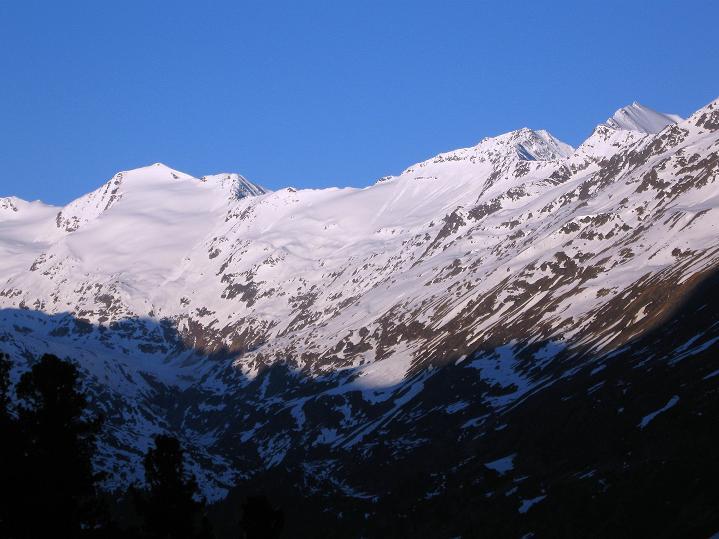 Foto: Andreas Koller / Ski Tour / Rassige Frühjahrstour auf die Schermerspitze (3117 m) / 19.05.2009 02:02:29