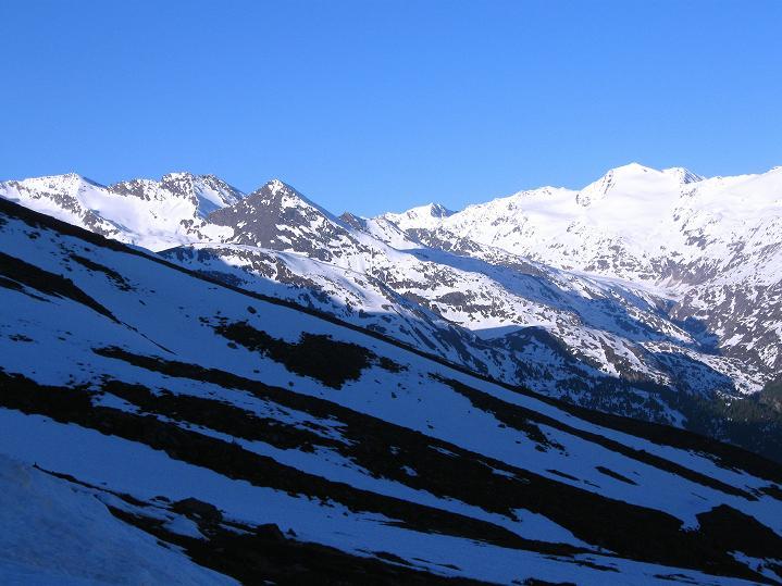 Foto: Andreas Koller / Ski Tour / Rassige Frühjahrstour auf die Schermerspitze (3117 m) / 19.05.2009 01:59:20