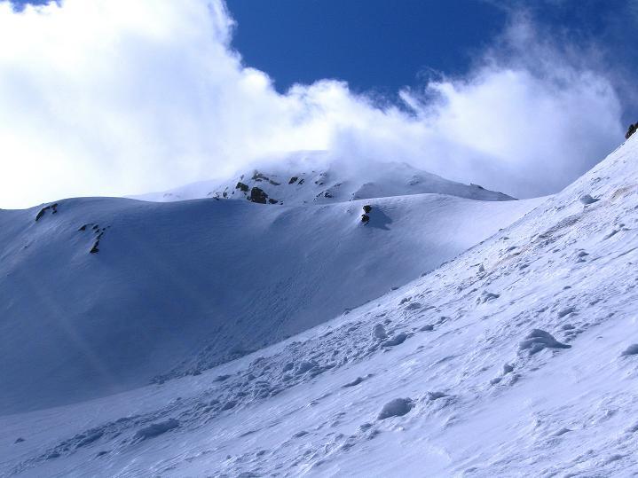 Foto: Andreas Koller / Ski Tour / Rassige Frühjahrstour auf die Schermerspitze (3117 m) / Die Schermerspitze / 19.05.2009 01:53:48