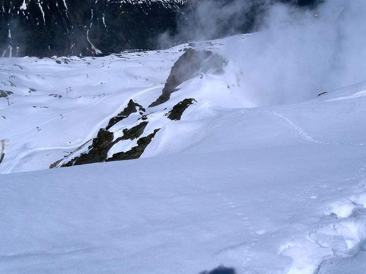 Foto: Andreas Koller / Ski Tour / Rassige Frühjahrstour auf die Schermerspitze (3117 m) / Der NW-Grat / 19.05.2009 01:48:01