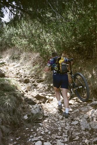 Foto: hofchri / Mountainbike Tour / Monte Altissimo (2079m) – klassisch von Torbole / 25.05.2009 22:22:30