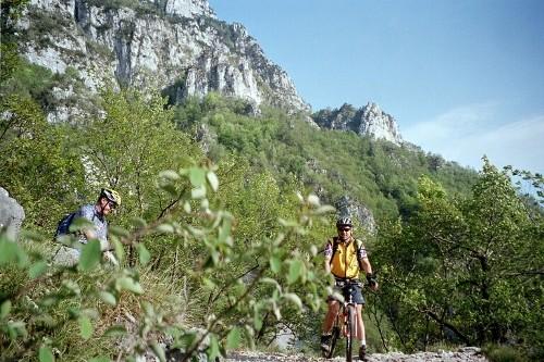 Foto: hofchri / Mountainbike Tour / Monte Altissimo (2079m) – klassisch von Torbole / 25.05.2009 22:23:16