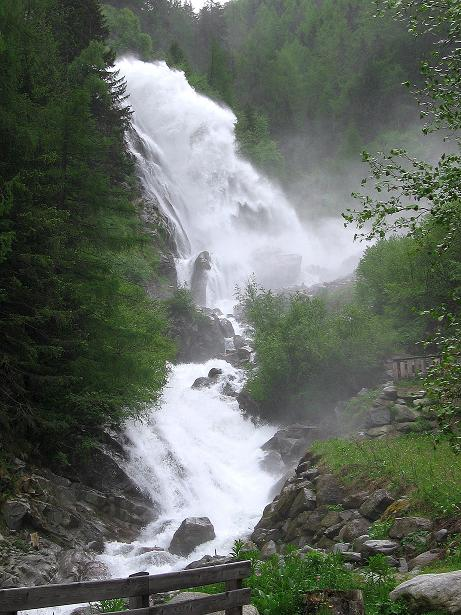 Foto: Andreas Koller / Klettersteig Tour / Stuibenfall Klettersteig (1460m) / Die untersten Katarakte des Stuibenfalls / 25.05.2009 18:51:14