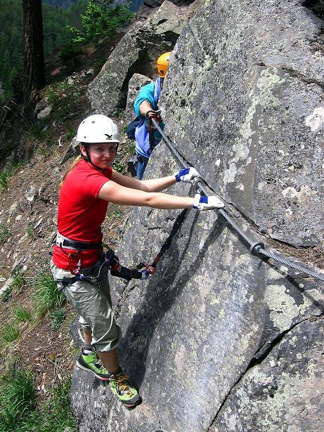 Foto: Andreas Koller / Klettersteig Tour / Stuibenfall Klettersteig (1460m) / Querung zur Wasserfall Kante (max. B) / 25.05.2009 18:46:22