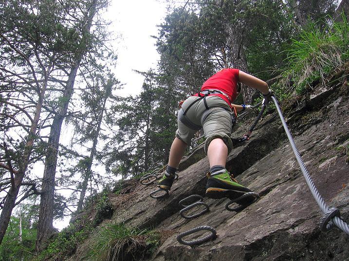 Foto: Andreas Koller / Klettersteig Tour / Stuibenfall Klettersteig (1460m) / Der letzte Aufschwung (B) / 25.05.2009 18:42:03