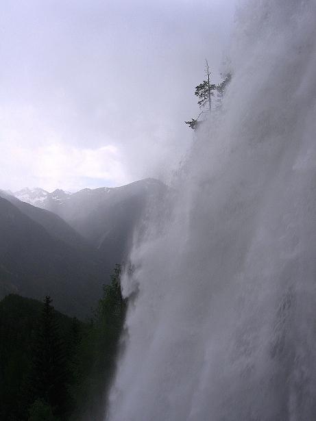 Foto: Andreas Koller / Klettersteig Tour / Stuibenfall Klettersteig (1460m) / Impressionen von Tirols höchstem Wasserfall, dem Stuibenfall / 25.05.2009 18:40:11