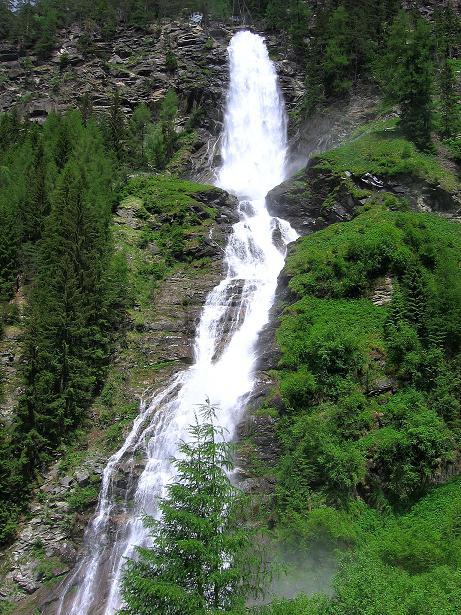 Foto: Andreas Koller / Klettersteig Tour / Stuibenfall Klettersteig (1460m) / Der Stuibenfall in seiner ganzen Pracht (Fallhöhe: 159 m) / 25.05.2009 18:39:25