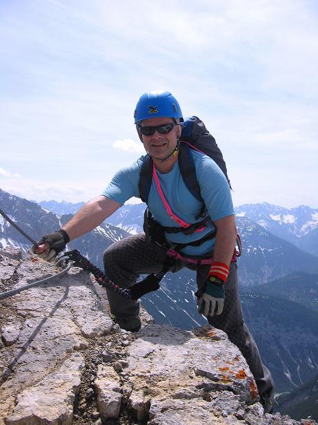 Foto: Andreas Koller / Klettersteig Tour / Karwendelspitze Klettersteig (2385m) / Ausstieg am Grat / 27.05.2009 23:11:38
