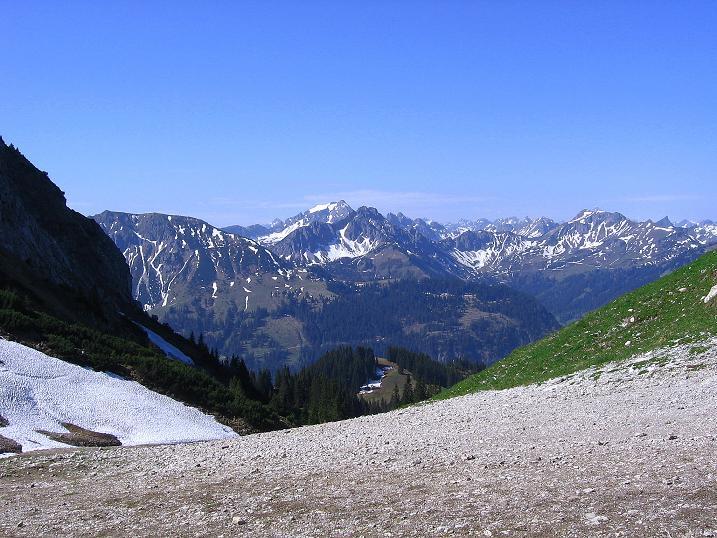 Foto: Andreas Koller / Klettersteig Tour / Friedberger Klettersteig und Steig auf die Rote Flüh (2111m) / 27.05.2009 01:13:55