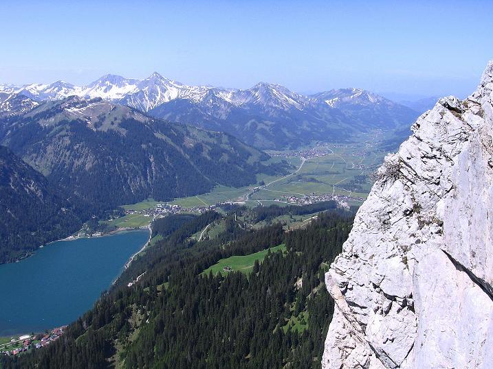 Foto: Andreas Koller / Klettersteig Tour / Friedberger Klettersteig und Steig auf die Rote Flüh (2111m) / 27.05.2009 01:09:27
