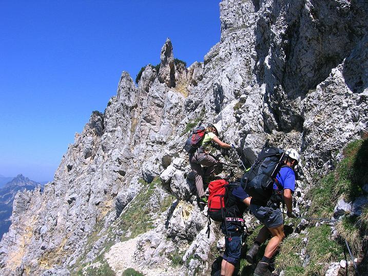 Foto: Andreas Koller / Klettersteig Tour / Friedberger Klettersteig und Steig auf die Rote Flüh (2111m) / 27.05.2009 01:08:06