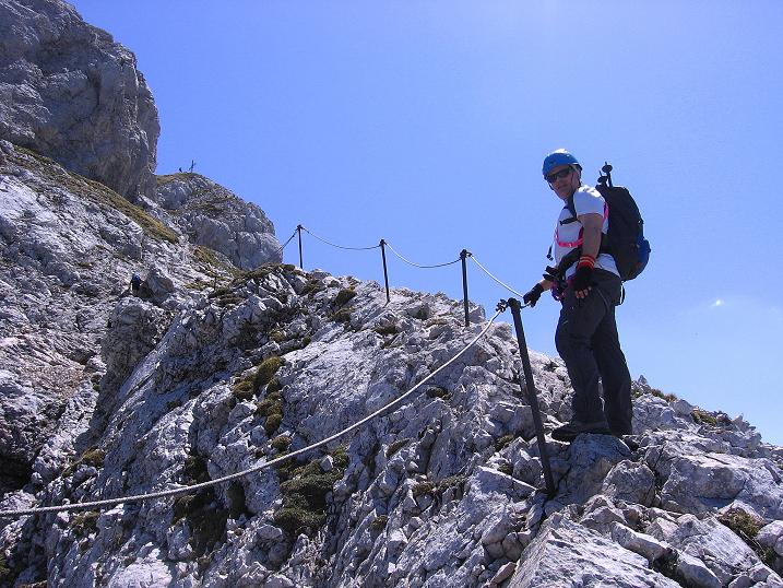 Foto: Andreas Koller / Klettersteig Tour / Friedberger Klettersteig und Steig auf die Rote Flüh (2111m) / Am NW-Grat zur Roten Flüh / 27.05.2009 01:02:18