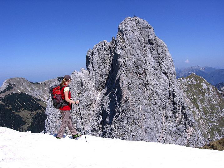 Foto: Andreas Koller / Klettersteig Tour / Friedberger Klettersteig und Steig auf die Rote Flüh (2111m) / Im Abstieg von der Roten Flüh / 27.05.2009 00:55:56