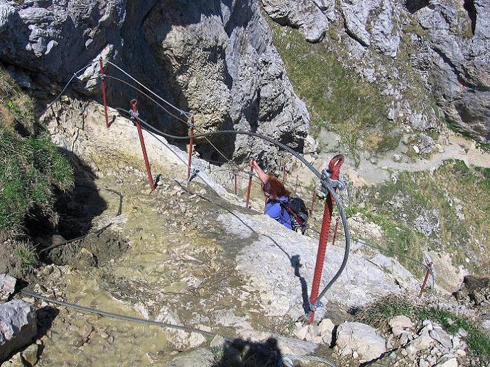 Foto: Andreas Koller / Klettersteig Tour / Friedberger Klettersteig und Steig auf die Rote Flüh (2111m) / Abstieg von der Roten Flüh / 27.05.2009 00:55:08
