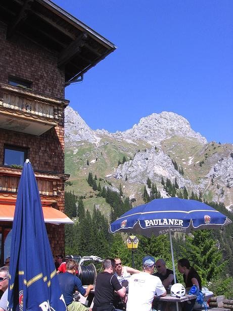 Foto: Andreas Koller / Klettersteig Tour / Friedberger Klettersteig und Steig auf die Rote Flüh (2111m) / Beim Gimpelhaus / 27.05.2009 00:51:06