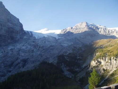 Foto: hofchri / Mountainbike Tour / Ortlerhaus (3028m) über Stilfser Joch (2758m) / 28.05.2009 22:00:15