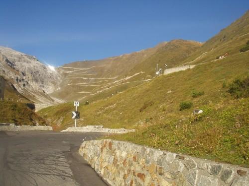 Foto: hofchri / Mountainbike Tour / Ortlerhaus (3028m) über Stilfser Joch (2758m) / 28.05.2009 22:00:21