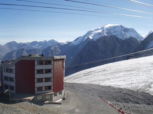 Foto: hofchri / Mountainbike Tour / Ortlerhaus (3028m) über Stilfser Joch (2758m) / 28.05.2009 22:00:42