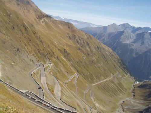 Foto: hofchri / Mountainbike Tour / Ortlerhaus (3028m) über Stilfser Joch (2758m) / 28.05.2009 22:00:55