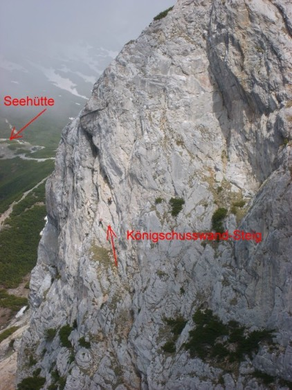 Foto: winsch / Klettersteig Tour / Haid Steig / Blick zum Königschußwandsteig / 02.06.2009 13:42:23