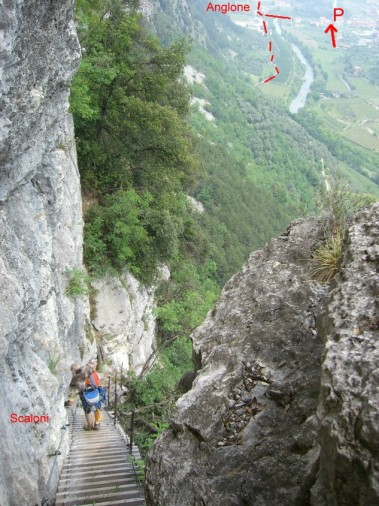 Foto: winsch / Klettersteig Tour / Sentiero Anglone und Scaloni (A/B) / Leiternsteig / 02.06.2009 15:17:08