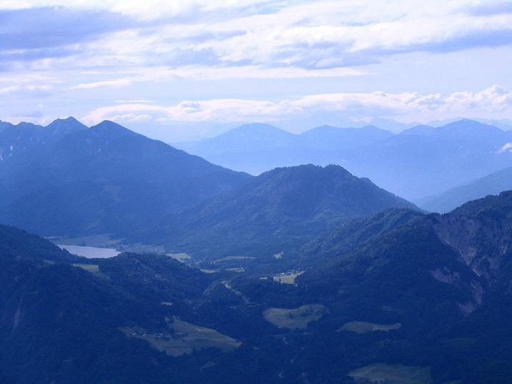 Foto: Andreas Koller / Wander Tour / Einsame Tour auf die Hochtristen (2536m) / Blick auf den Weißensee / 03.06.2009 21:48:47