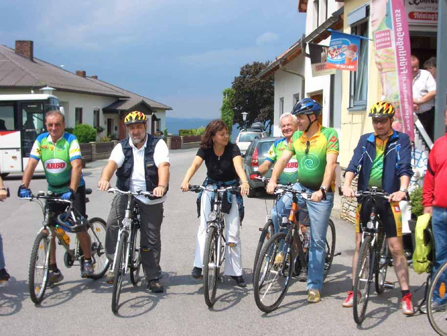Foto: Kappel Josef / Rad Tour / B 58 Kohlstattradwanderweg / Radprominenz bei der Eröffnung des Kohlstattradwanderweges / 06.06.2009 17:55:11