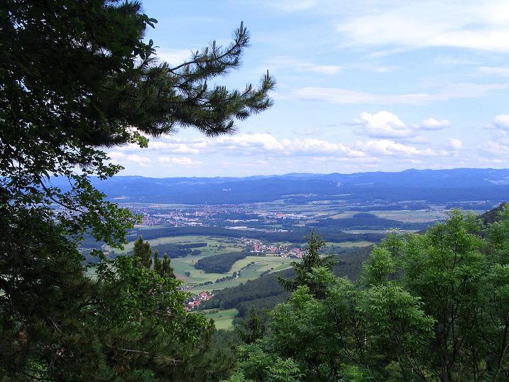 Foto: Andreas Koller / Klettersteig Tour / Klettersteig E 60 (758m) / Blick ins südliche Wiener Becken / 08.06.2009 23:56:40