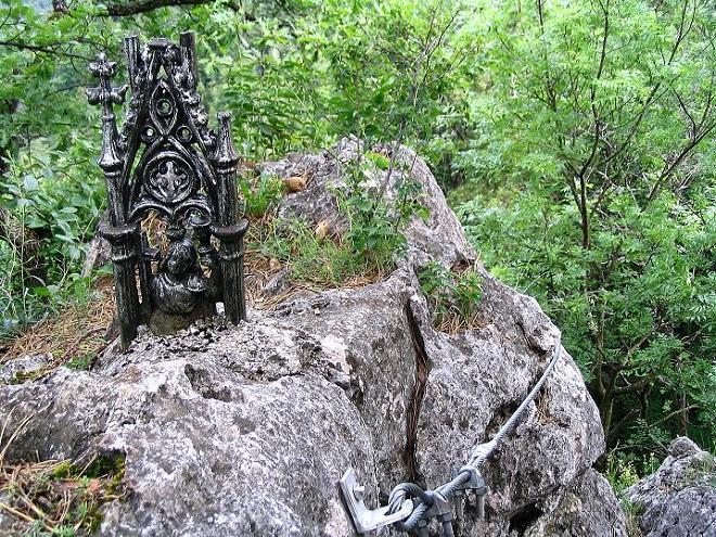 Foto: Andreas Koller / Klettersteig Tour / Klettersteig E 60 (758m) / Ende der Versicherungen / 08.06.2009 23:53:15