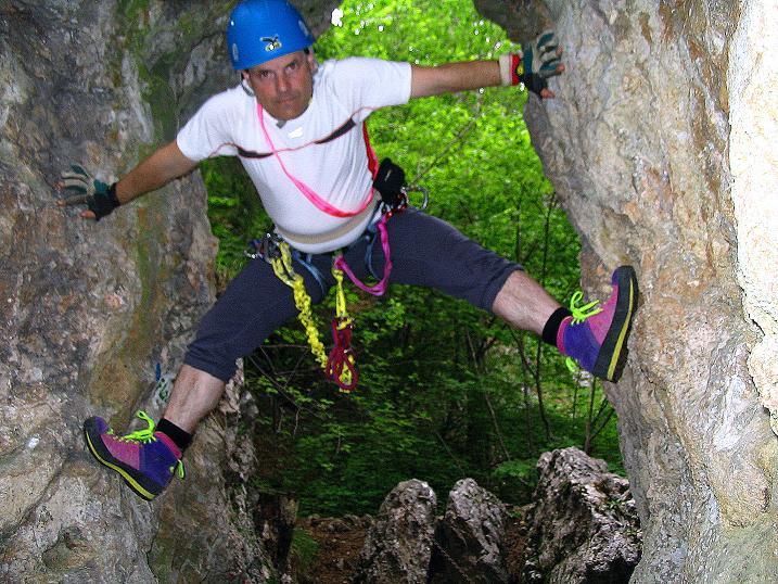 Foto: Andreas Koller / Klettersteig Tour / Klettersteig E 60 (758m) / Spaß am Klettern bei den Schiebbögen / 08.06.2009 23:50:02