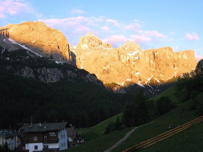 Foto: Andreas Koller / Klettersteig Tour / Via ferrata Averau neu (2649m) / Sella / 16.06.2009 00:01:09