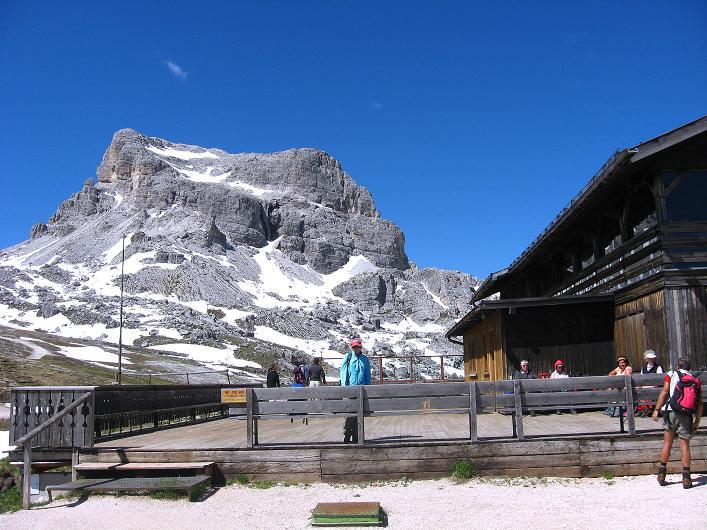 Foto: Andreas Koller / Klettersteig Tour / Via ferrata Averau neu (2649m) / Averau von O / 15.06.2009 23:59:41